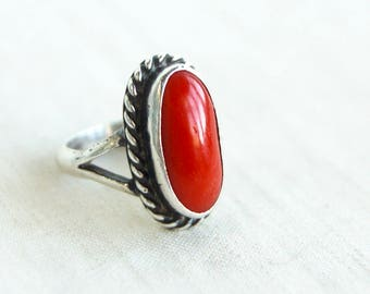 Red Coral Ring Size 4 .25 Vintage Southwestern Sterling Silver Rope Bezel Native American Cowgirl Jewelry