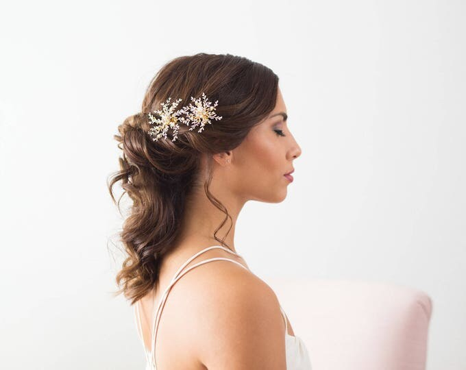 Bridal Hair Accessories, Wedding Hair Clips, Gold Bridal Hairpiece, Snowflake Headpiece, Winter Wedding, Wedding Hairpiece, Flower Headpiece