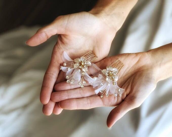 Floral Wedding Hair Pin, Bridal Hair Pin, Petal Hair clip, Flower Hair comb, Bridal Hair Comb, silver hair comb, Blush hair pin, Hair Clip