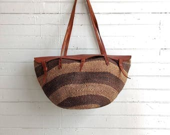 Vintage sisal woven market / beach bag with leather straps, large woven bag