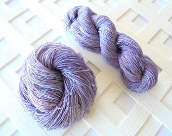 Sparkly Fingering-Weight Yarn, LILAC, Superwash Merino, Crochet Yarn, Sparkly Knitting Yarn, Indie-Dyed Yarn, Tonal Speckled Yarn, 4-ply