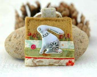 hare keyring, wildlife gifts, silver hare accessory, unusual handmade hare gift, decorative felt keyring, UK hare present, little gift ideas
