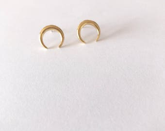 Horn earrings, 18k God plated over 925 sterling Silver, Also available in Sterling Silver, Minimalist studs, everyday dainty jewelry