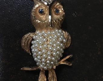 Adorable Hobé Owl Gold, Rhinestone, & Pearl Brooch