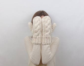 SALE Cable Knit Mittens Wool Mittens   THE CARDIFFS