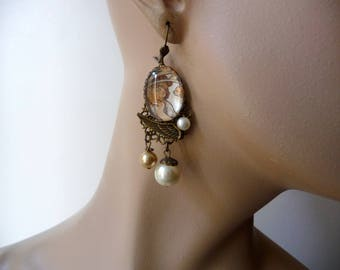 Romantic earrings the coquette