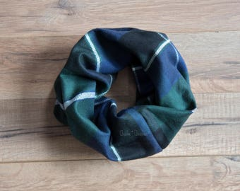 Baby scarf, Toddler Scarf, Green White and Navy Infinity Scarf, Children's Plaid Scarf Flannel Check Toddler Scarf, Christmas Style, HOLIDAY