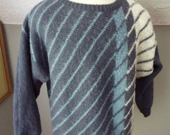 Vintage Mens Long Sleeve Sweater by Allafoss Icewool