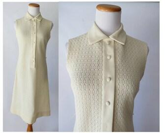 Crochet Dress Mod 60s Shift Cream Sleeveless Summer Dress Pointy Collar 1960s Lace Size Medium