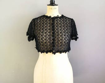 Vintage black lace bolero / 60s black lace cropped jacket / black lace blouse / true vintage lace cover up /