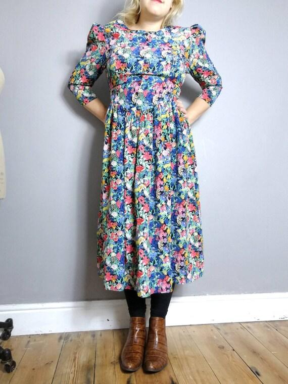 Boho floral vintage dress / pretty floral 90s midi dress / boho floral vintage dress / 90s mom dress / bohemain grunge / floral print
