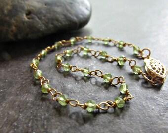 Green Peridot Bracelet, 14K Gold Filled Bracelet, Wire-Wrapped Bracelet, Semi-Precious Gemstone Jewelry, August Birthstone, Birthday Gift