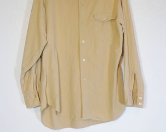 True Vintage 70s Beige Flannel Button Down Shirt with Collar, Retro Fashion Leisure Wear Size Medium, Normcore