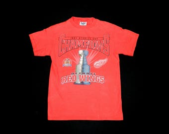 Vintage Detroit Redwings Stanley Cup  T-shirts