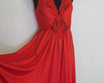 Olga Nightgown Red Nightgown Nightgown 1970s Nightgown Nightgown Large NEW