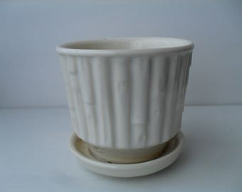 McCoy Bamboo Planter Flower Pot Creamy White with Attached Saucer No 0372