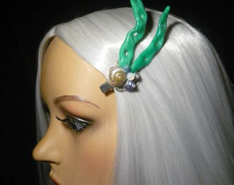 Kelp Glimmer - cute Hairclip with shimmering Kelp