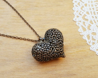 Vintage Bronze Tone Heart Necklace, Brass Necklace with Heart, Love Gift