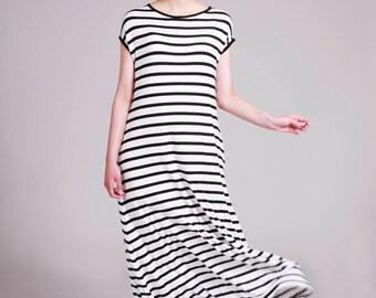 Maxi Dress, Striped Dress, Black White Stripe Dress, Long Summer Dress, Short Sleeves, Loose Fit, Long Casual Dresses