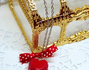 Necklace red macaron gourmand