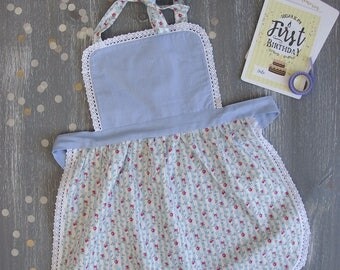 Toddler Apron, Kids Aprons, Mother Daughter Apron, Cake Smash Aprons, 1 year old apron, Matching Aprons, Kids Kitchen Aprons, Floral Apron