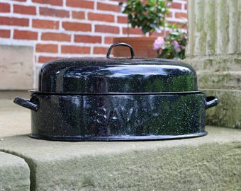 "Savory Medium (14-3/4"" x 9"") Oval Double-Walled Graniteware/Enamelware Roaster/Baking Pan & Lid ~ 1930s ~ Dutch Oven ~ Turkey Roaster"