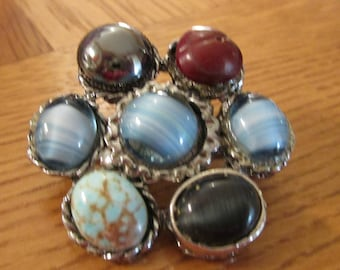 """vintage unusual 7 stone brooch unusual backing silvertone with assorted stones 1.25""""across"""