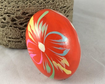 Vintage Solid Wood Red Easter Egg Hand Painted Ornament Decoration Figures Wood Pysanky