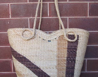 Vintage Cane and Brown Basket - Beach - Shopping - Picnic - Storage