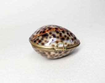 Charming Vintage Shell Box