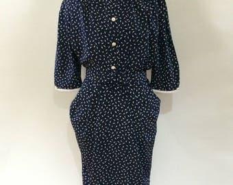 Vintage dress 1980's navy white acorn pattern shirt waister Dress size Small