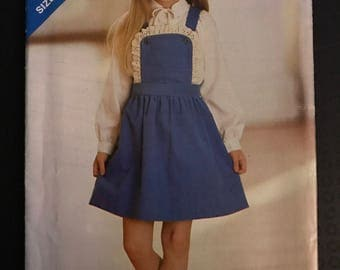 See & Sew 3286 - Little Girl's Jumper with Criss Cross Straps and Lace Trim - Size 2 3 4