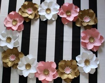 Paper flower wreath, Paper flower backdrop, cake smash photo prop, First birthday photo prop, birthday photo shoot,  Birthday party decor