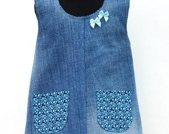 Child's tunic in denim. Age 1-2