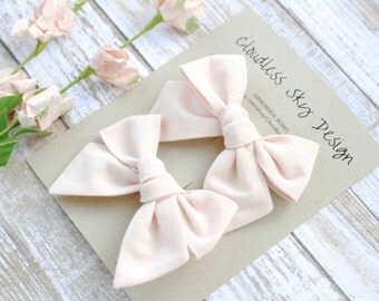 pigtail bows, pale pink bows, bow, pigtail set, pink pigtail bows, pigtail bow sets, bow clips, bows for girls, baby bows, bows