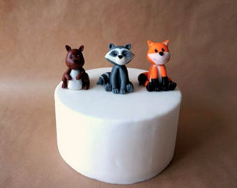 Fondant woodland animals cake topper, squirrel topper, fox topper, raccoon topper, wood creatures, woodland cake, woodland party, wood decor