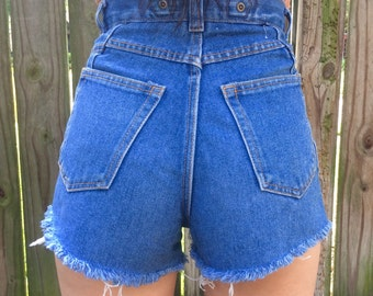 Size 4 Ultra High Waisted High Rise Cutoff Blue Denim Vintage Shorts Medium Wash