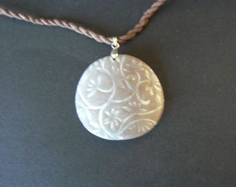 Brown round pendant