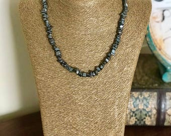 """16"""" Hematite Chipped Necklace"""