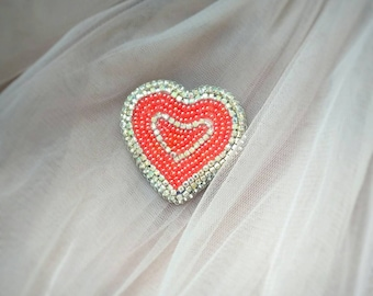 Red heart pin Heart crystal jewelry brooch Heart lapel pin Bead brooch heart Embroidered brooch Heart jewelry bead brooch Beaded pin