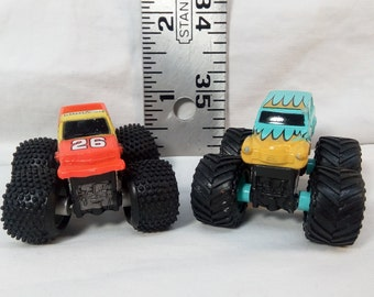 Vintage 1996 Micro Machines Monster Trucks by Galoob - Big Bruisers #39 Bandit and Boomer 26