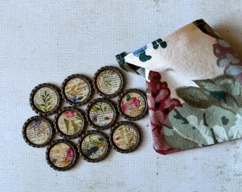 Book Gift- Wild Flowers on Book Pages Bottlecap Magnets- Book Page Decor- Book Lover Gift- Refrigerator Magnets- Fridge Magnets- Floral Gift