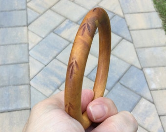 Thin Natural Wood Bangle Bracelet - Delicate Hand Carved Motif with Unusual Wood Grain Marbling