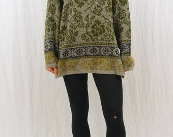 Vintage Oversized Sweater, Size XS-Medium, Thin, Rose, Floral, Green, Mori Girl, Natural Kei, 80's-90's Clothing, Comfortable, Grunge, Indie
