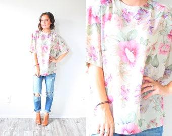 Vintage Boho floral shirt // summer blouse // short sleeve slouchy top // pastel floral top // pink floral shirt // spring floral summer