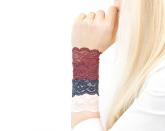 Lace Bracelet SET, Lace Wrist Cuff Set, Nursing Bracelet, Boho Bracelet, Arm Band, Wrist Cover, Wristband Wrist Tattoo Cover Up, Scar Cover