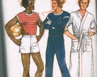Vintage Butterick 4709 Men's T-Shirt, Sweat Pants, Shorts and Robe.
