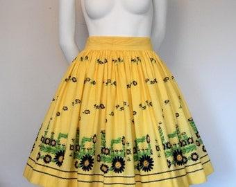 1950's Daisy Tractor Novelty Border Print Skirt