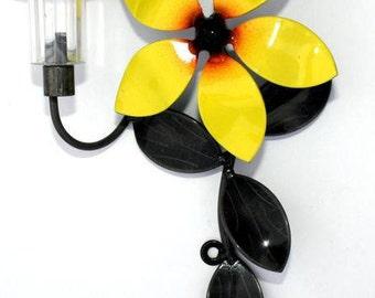 Valentine's Flower Personalized Vine Single Solar Light