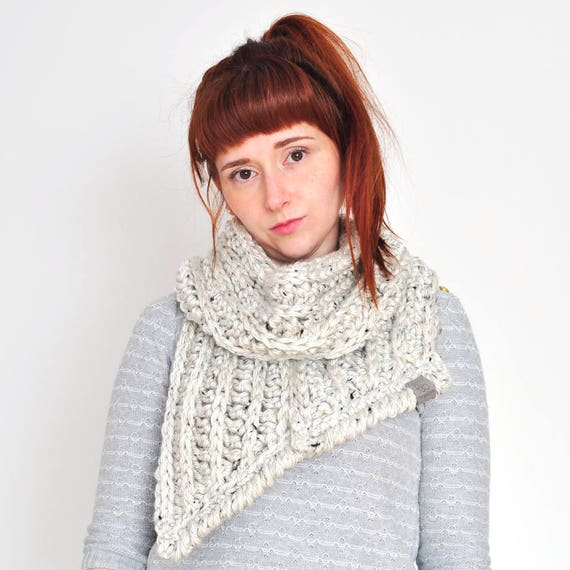 The Fern • Open-Ended Scarf • Crochet Chunky Knit • Colour: COCONUT
